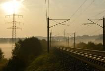 Bahnstrom - Im Morgennebel an der der SFS Köln - Rhein/Main