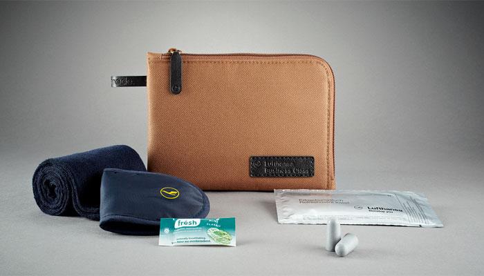 amenity kits gepflegt fliegen business traveller. Black Bedroom Furniture Sets. Home Design Ideas