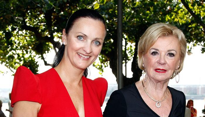 Schirmherrin Liz Mohn (rechts) und Gastgeberin Brita Segger. Foto: JK für Society Relations