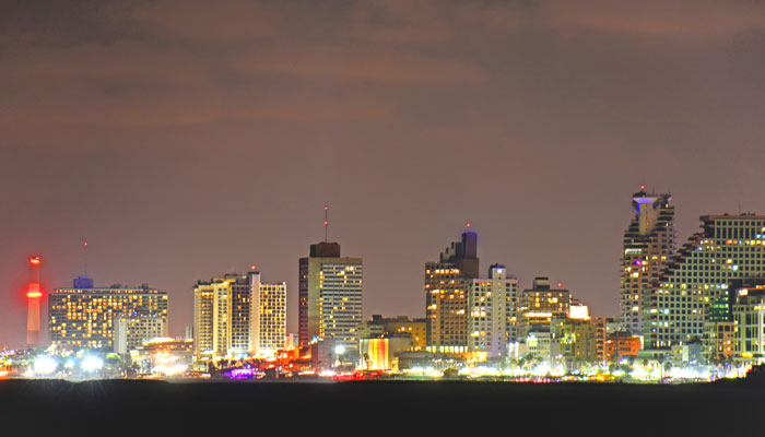 Tel Aviv bei Nacht Skyline