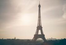Ein Auto raste in eine Soldatengruppe in Paris. Foto: iStock