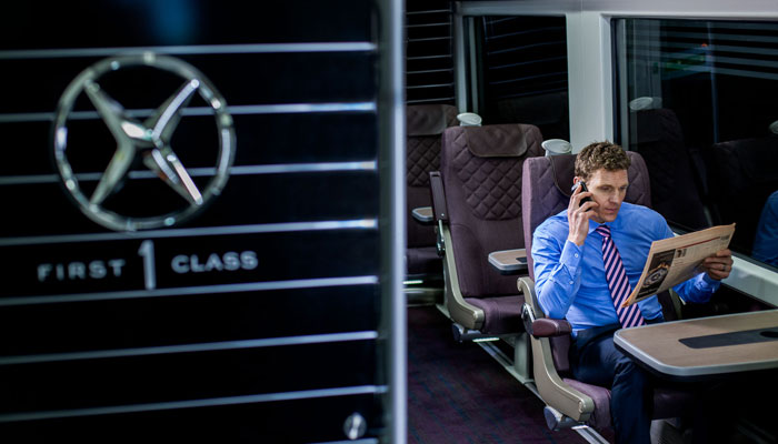 "Passagier in der ""Business First"" im Heathrow Express"