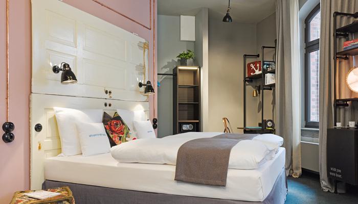 neues hotel im ltesten geb ude der hamburger hafencity business traveller. Black Bedroom Furniture Sets. Home Design Ideas