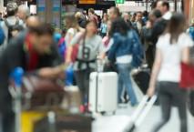 Fluggäste am Flughafen