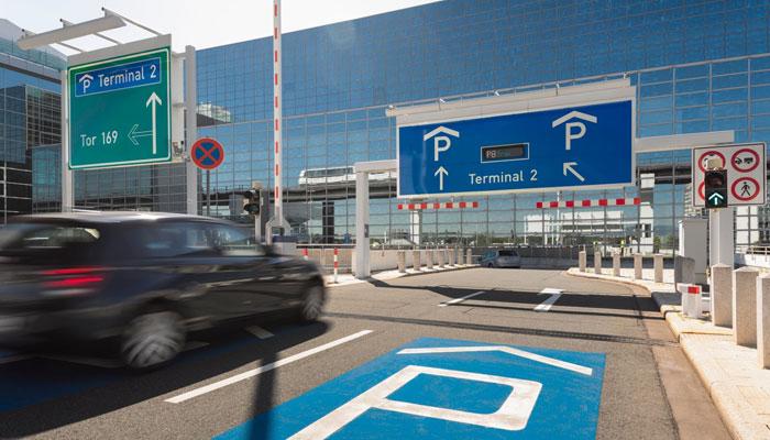 am flughafen frankfurt kann man jetzt beim parken sparen. Black Bedroom Furniture Sets. Home Design Ideas
