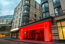 Eingang Radisson Red in Brüssel