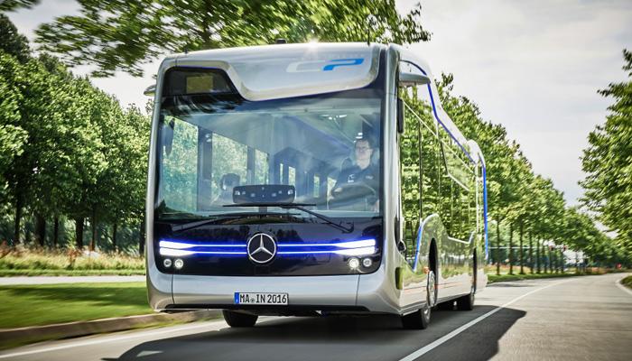 """""""Future Bus"""" von Daimler"""