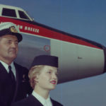 Captaim Connolly Qantas und Flugbegleiterin