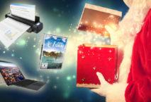 Weihnachtsmann mit Preisen