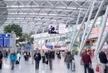 Kostenloses WLAN verkürzt die Wartezeit am Düsseldorfer Flughafen. Foto: Flughafen Düsseldorf