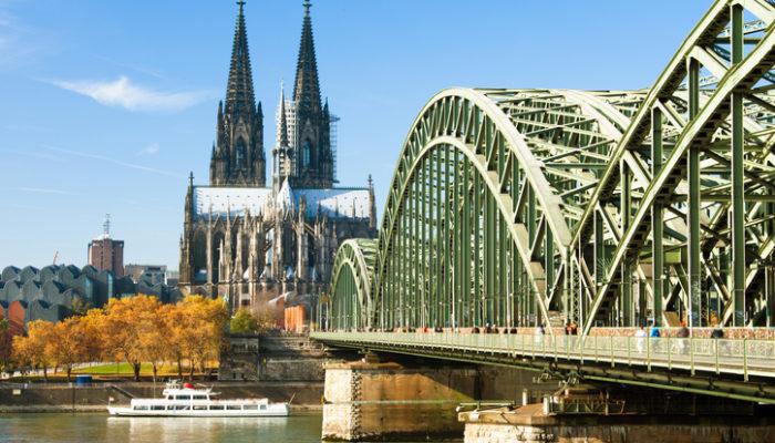 Autofahrer müssen mit Staus um Köln rechnen. Foto: iStock