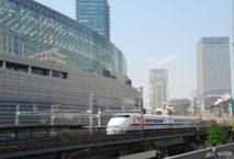 Die Shinkansen-Züge fahren bis zu 320 Kilometer / Stunde. Foto: Japan National Tourism Organization