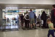 Reisende sollten sich vorab über die Zollbestimmungen informieren. Foto: iStock