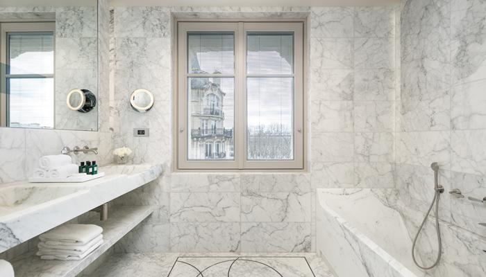 Hotel Lutetia - Salle de bain | Business Traveller