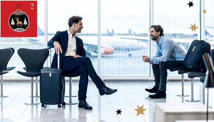 Zwei Geschäftsmänner am Flughafen mit Gepäckstücken aus der Thule Revolve-Kollektion; Foto: Thule; Illustrationen: iStock.com/kite-kit