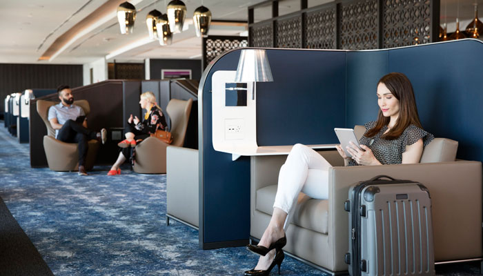 Sitzbereich United Airlines Polaris Lounge; Foto: United