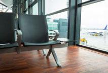 Leerer Sitz am Flughafen; Foto: iStock.com/_Mustang_79