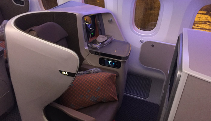 Sitz 11 A in der Singapore Airlines B787-10; Foto: Andreas Spaeth