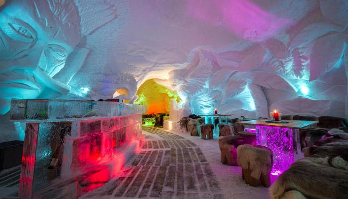 Iglu-Bar in der Iglu-Lodge; Foto: PR