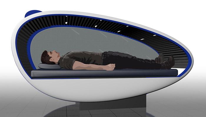 Mann in Schlafkapsel; Foto: GoSleep