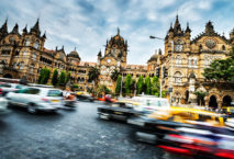 Mumbai Straße; Foto: iStock.com/EXTREME-PHOTOGRAPHER