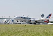 Maschine der American Airlines; Foto: Flughafen München GmbH