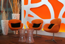 Stylish und komfortabel: die neue Diamond Lounge von Sixt am Flughafen München. Foto: Sixt SE