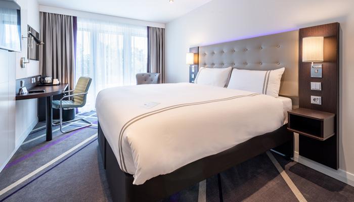 Die Premier-Inn-Betten der Marke Hypnos, Hoflieferant des britischen Königshauses, im neuen Premier Inn München City Schwabing. Foto: Premier Inn