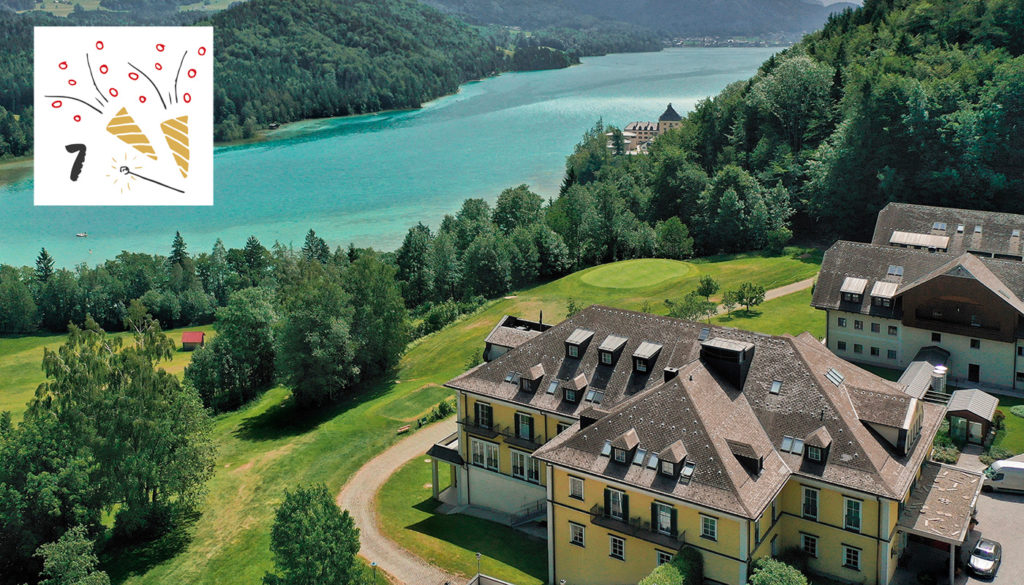 Exklusives Hide Away: Sheraton Salzburg-Fuschlsee Hotel Jagdhof; Foto: PR; Illustration: iStock.com/LesyaD