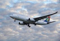 Steckt derzeit in einem Business-Rescue-Verfahren: South African Airways. Foto: iStock.com/Mateusz Atroszko