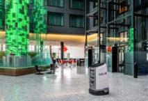 Serviceroboter Jeeves im Radisson Blu Hotel Zurich Airport